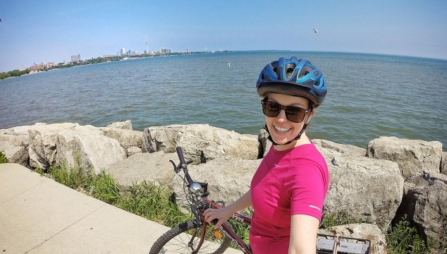 Arienne-Waterfront-Cycling