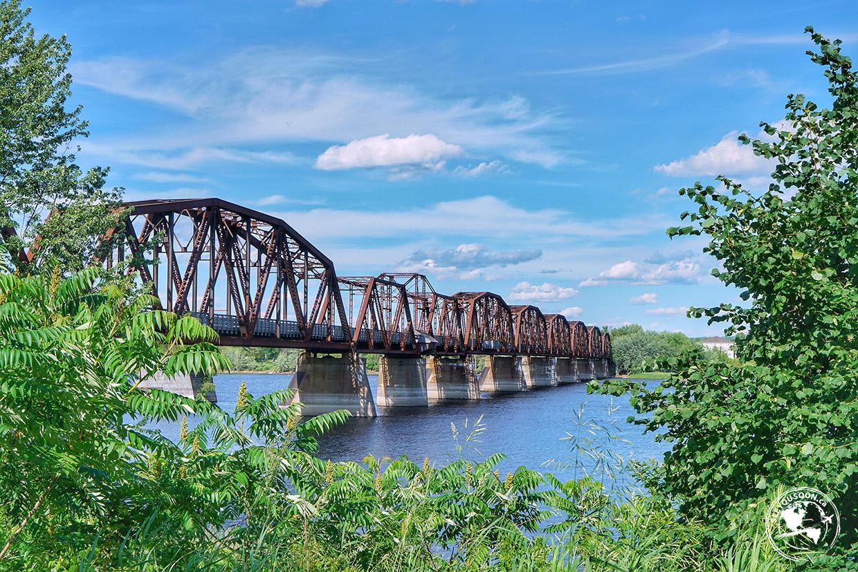 Bill Thorpe Walking Bridge in Fredericton.