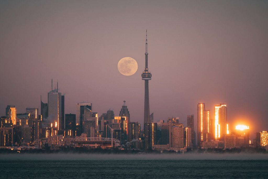 Top photography spots in Toronto.